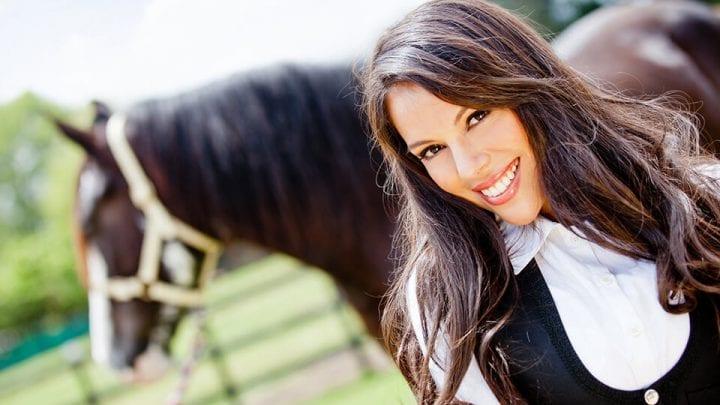 WELLINGTON EQUESTRIAN HEALTH CONSULTANT CAROLINE CEA BRYAN HORSE